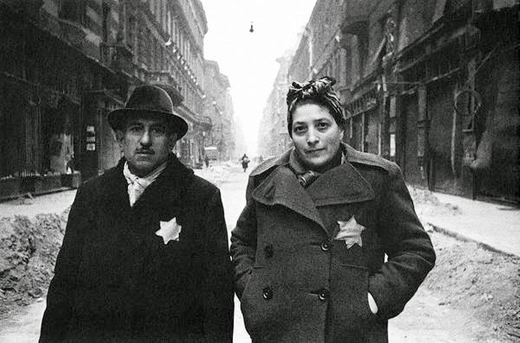 Фотография Е. Халдея(1917 - 1997)Фотохудожник Победы (70).j