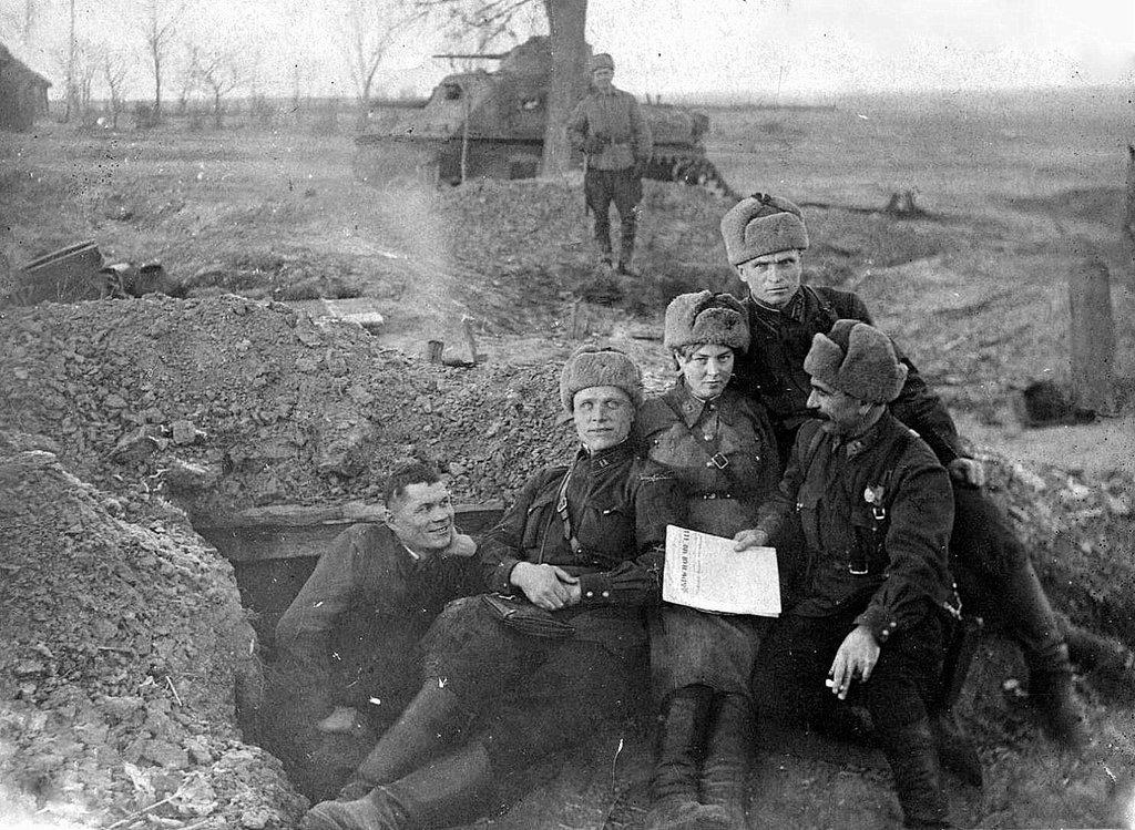 Фотография Е. Халдея(1917 - 1997)Фотохудожник Победы (64).