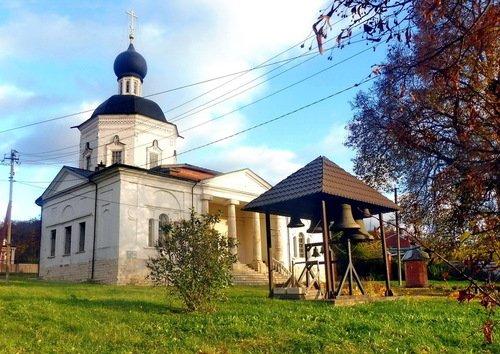Церковь Иоанна Богослова в Красном