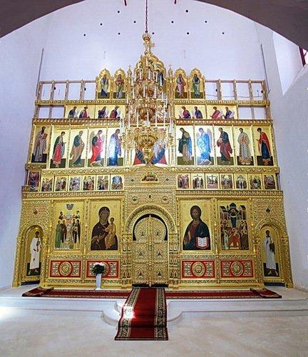 Иконостас церкви Иконы Божией Матери Одигитрия в Вяземском Предтеченском монастыре