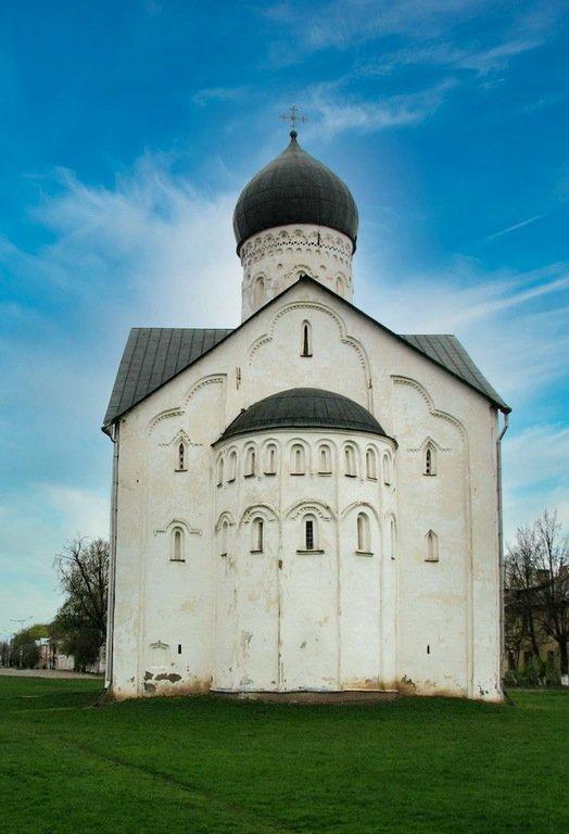 Церковь Преображения Господня на Ильине улице. Восточный фасад.
