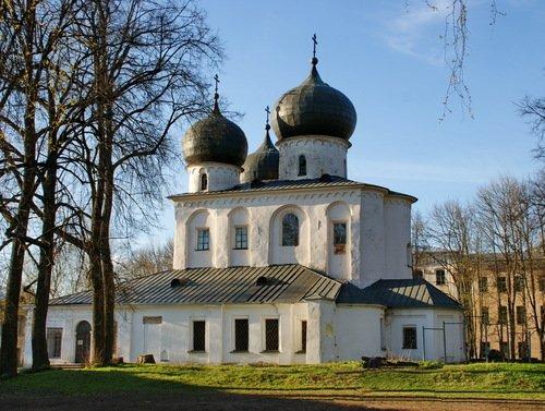 Собор Рождества Пресвятой Богородицы в Антониевом монастыре