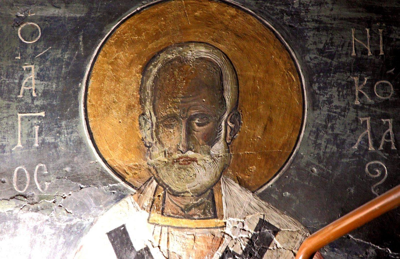 Святитель Николай, Архиепископ Мир Ликийских, Чудотворец. Фреска церкви Панагии Аракиотиссы в деревне Лагудера на Кипре. 1192 год.