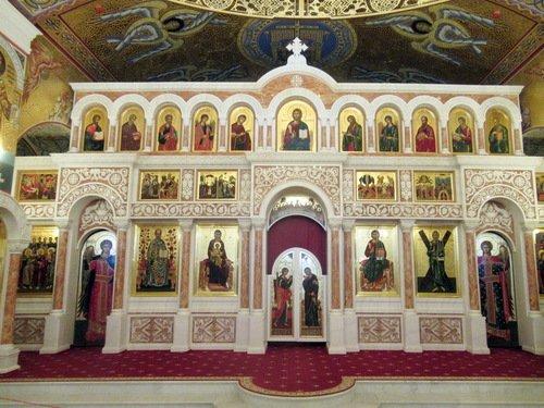Иконостас нижнего храма Андрея Первозванного Никольской церкви в Красногорске