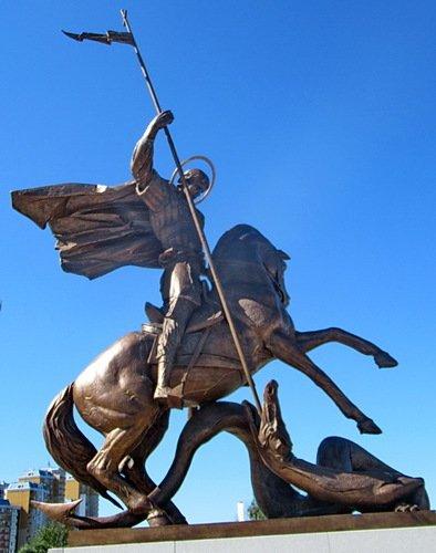 Памятник Георгию Победоносцу