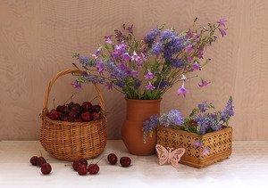 композиция с полевыми цветами