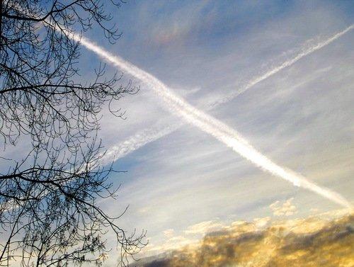 Андреевский крест на закатном небе