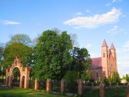 Римо-католический костел в Барановке