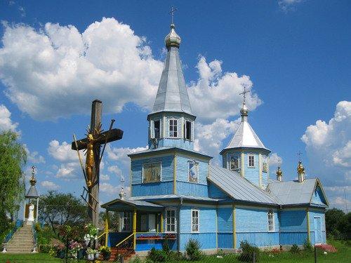 Свято-Крестовоздвиженский храм ПЦУ в Заречье (микрорайон г. Барановки)