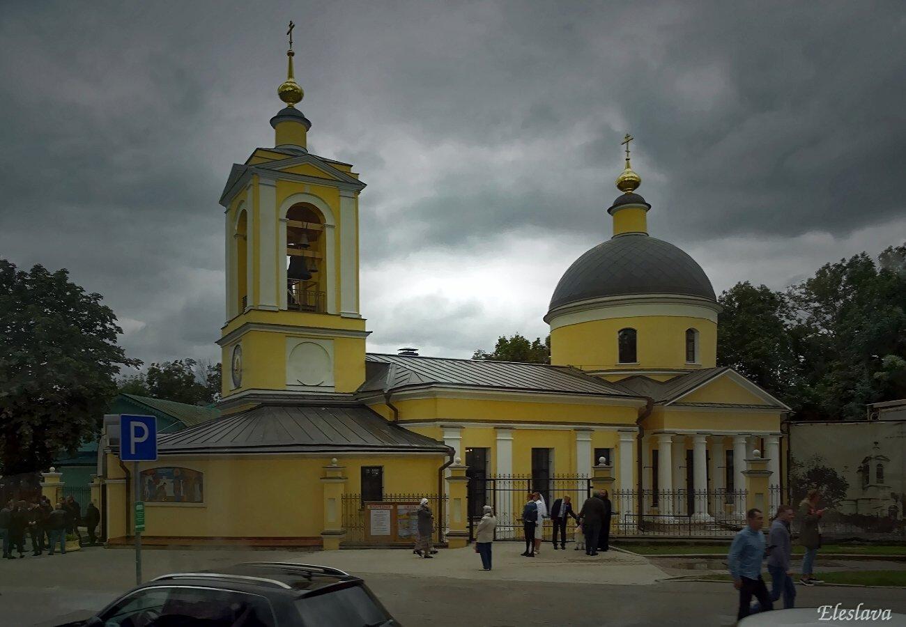 Храм Живонача́льной Тро́ицы на Воробьёвых гора́х. 1811 год