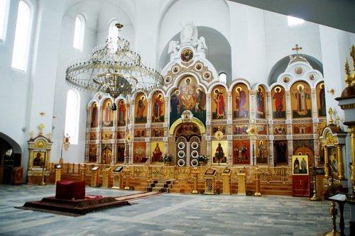 Интерьер Воскресенского собора Христорождественского монастыря