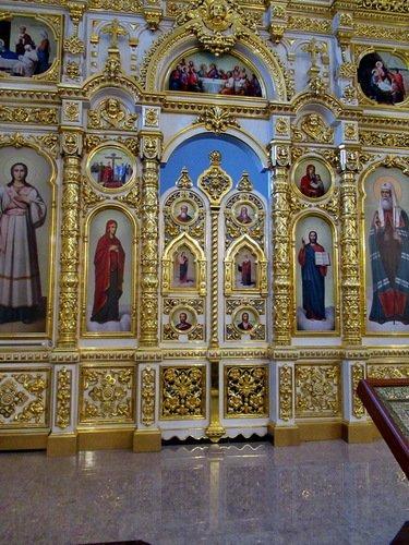 Царские врата иконостаса церкви Александра Невского