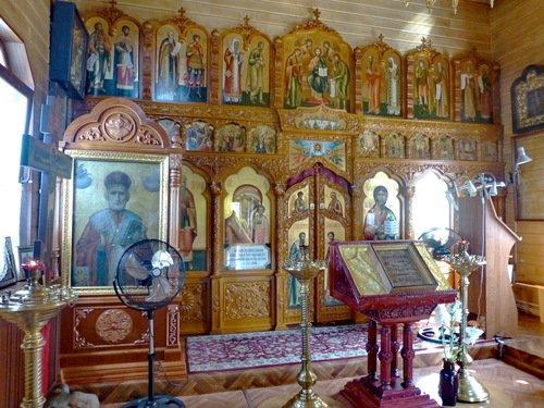 Церковь Покрова Пресвятой Богородицы в Нахабино. Иконостас