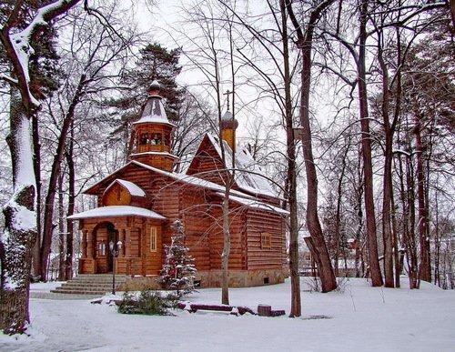 Церковь Успения Пресвятой Богородицы в Петрове-Дальнем