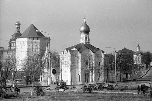 Церковь Введения Пресвятой Богородицы во Храм на Подоле (1986)