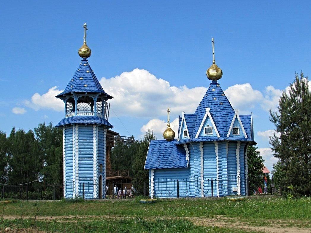 оладьи, картинки маленьких церквей являются