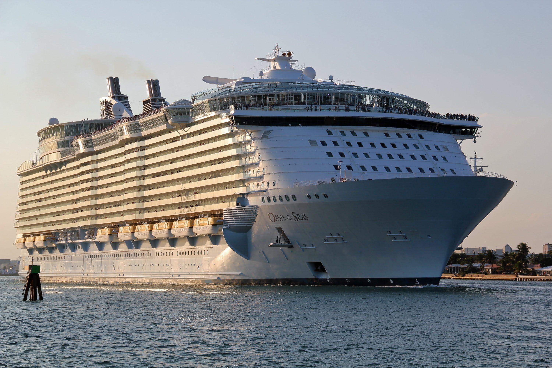 корабль больше титаника фото также самостоятельно