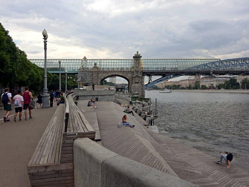 работают фото парков на набережной реки москвы яркие аппетитные