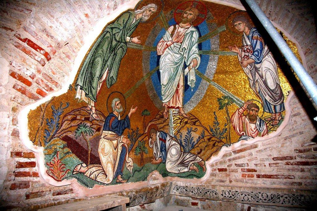 Преображение Господне. Мозаика монастыря Дафни близ Афин. Вторая половина XI века.