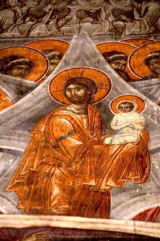 Успение Пресвятой Богородицы. Фреска монастыря Грачаница, Косово, Сербия. Около 1320 года. Фрагмент. Господь Иисус Христос с душой Пречистой Своей Матери на руках.