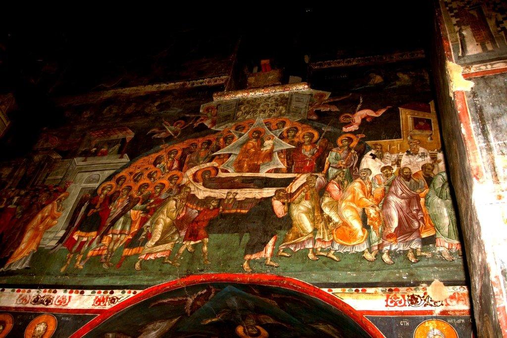 Успение Пресвятой Богородицы. Фреска монастыря Грачаница, Косово, Сербия. Около 1320 года.