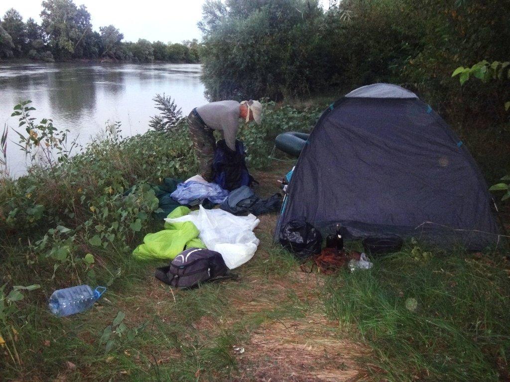 В походе, на реке Кубань 005