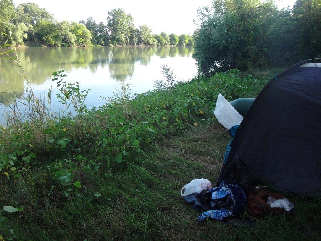 В походе, на реке Кубань 004