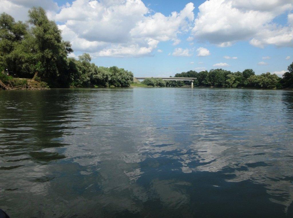 В походе лодочном... август, река Кубань 002 001