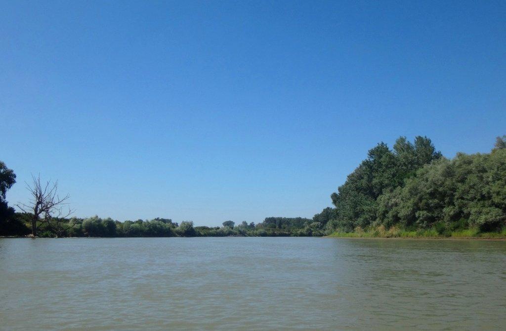 В походе лодочном... август, река Кубань 003 007