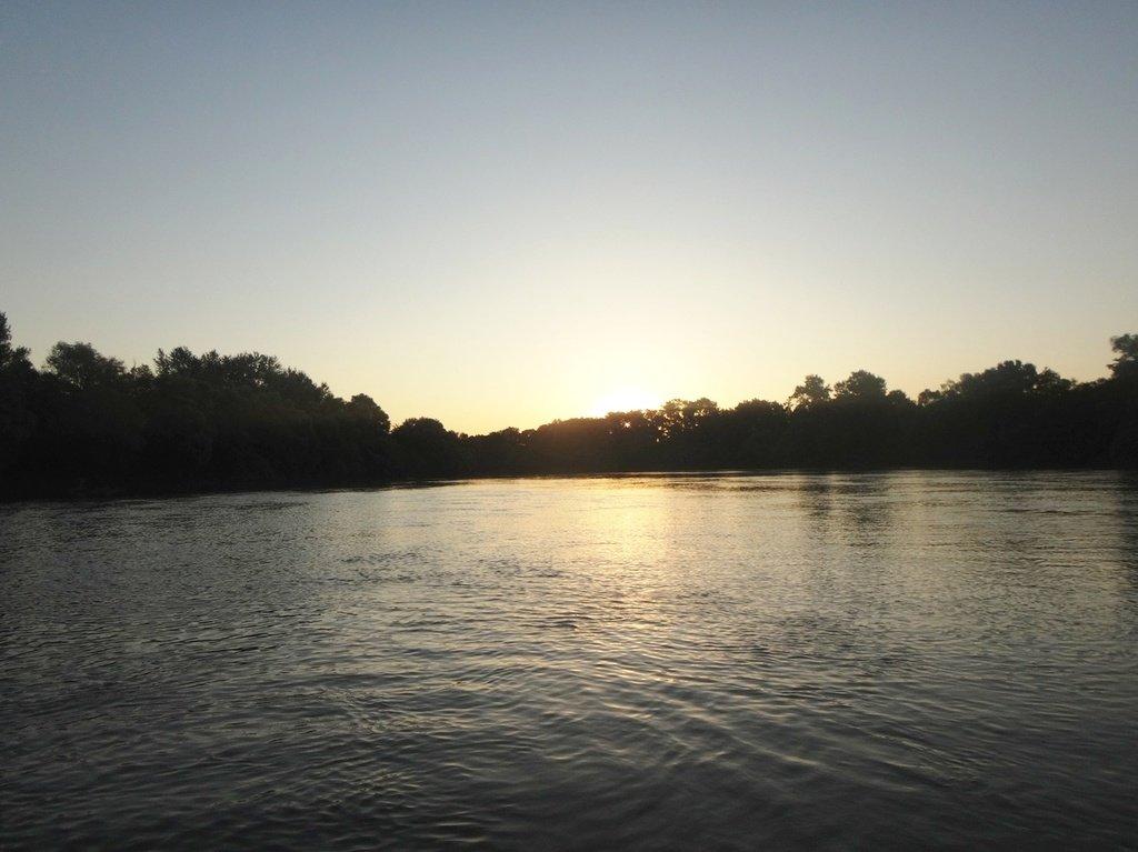В походе лодочном... август, река Кубань 004 009