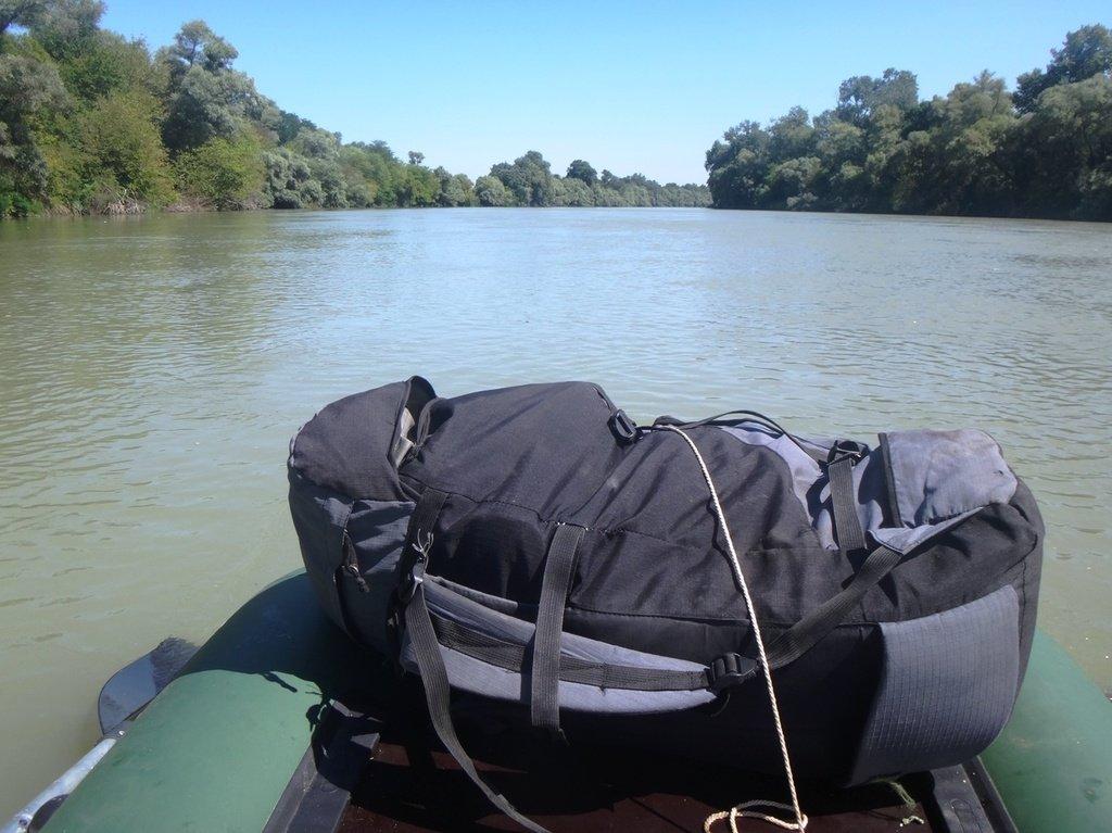 В походе лодочном... август, река Кубань 004 007