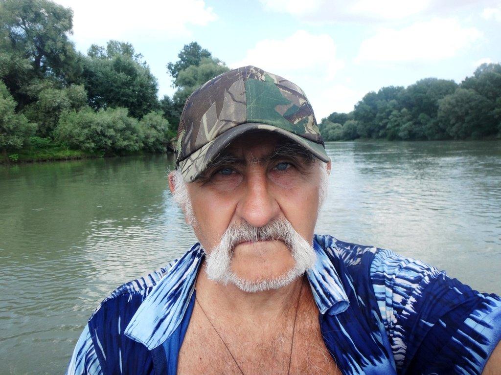 В походе лодочном... август, река Кубань 005 007