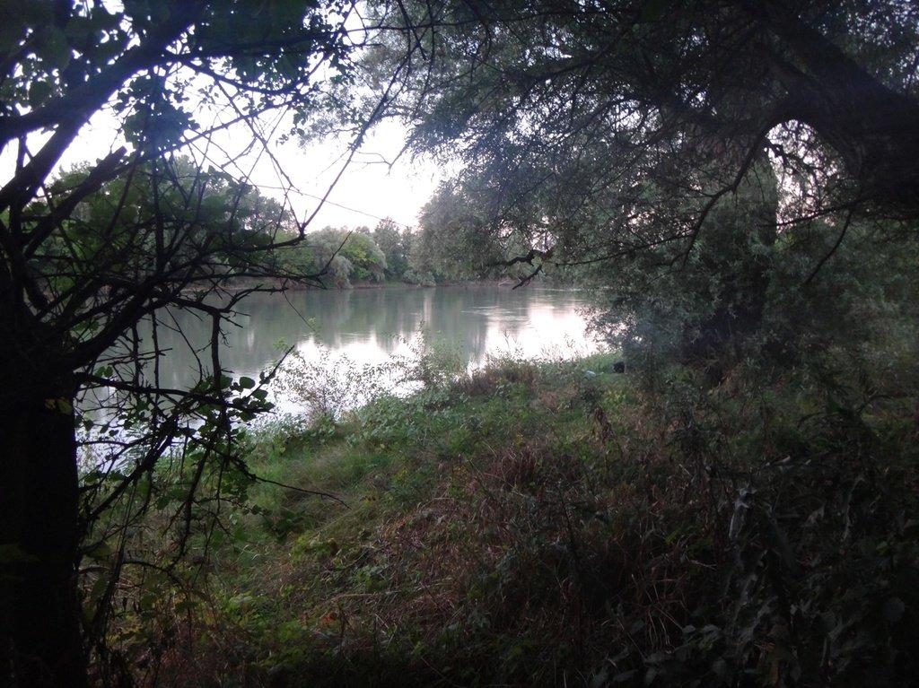 В походе лодочном... август, река Кубань 006 009