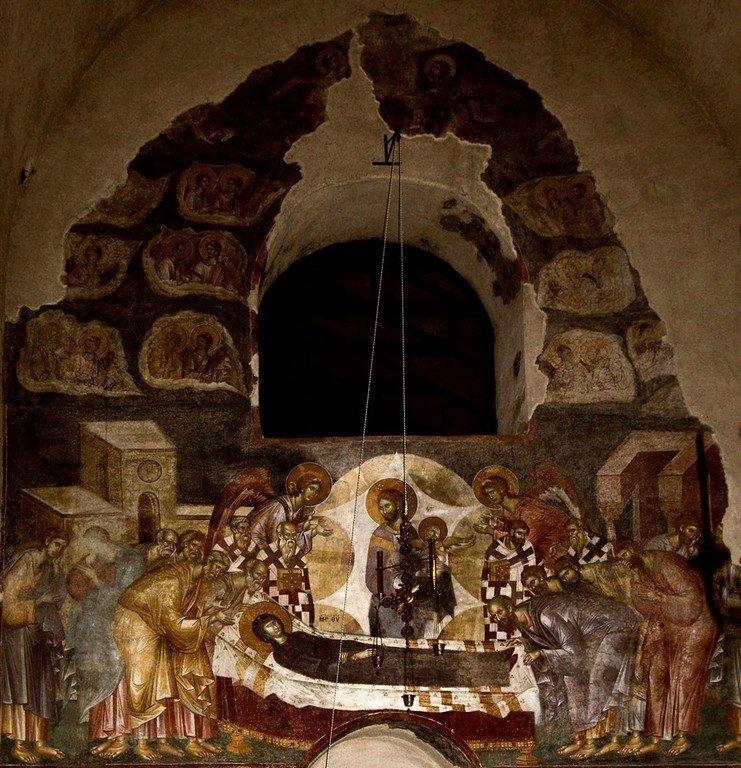 """Успение Пресвятой Богородицы. Фреска церкви Вознесения Господня (""""Спасов дом"""") в монастыре Жича, Сербия. 1309 - 1316 годы."""