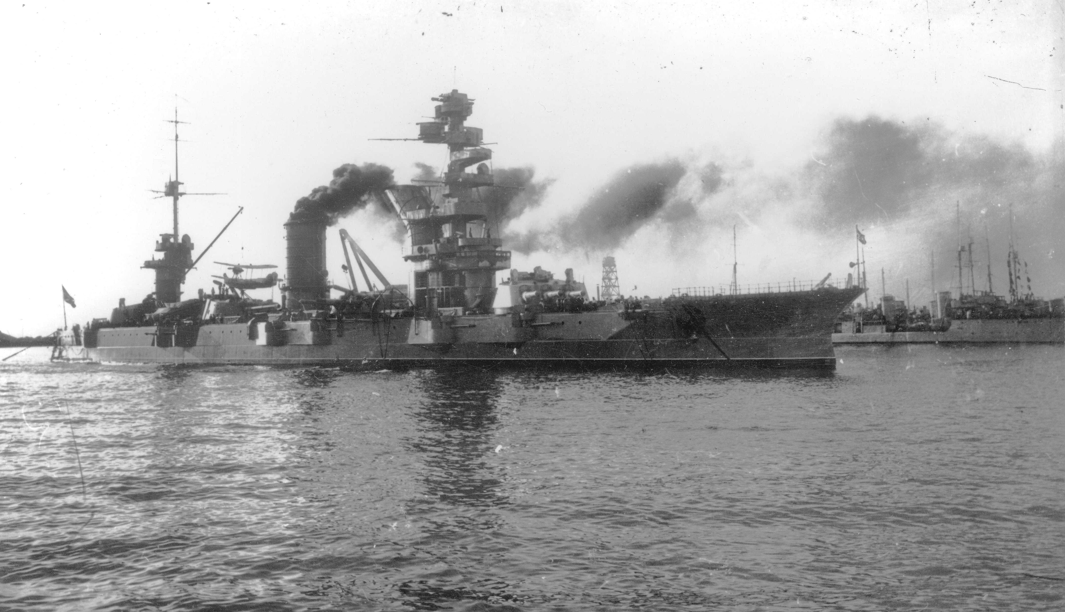 Фото крейсера марат