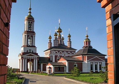 Церкви Флора и Лавра и Михаила Архангела в Михалях