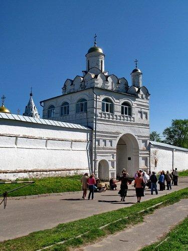Церковь Благовещения в Покровском монастыре
