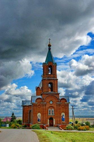 Церковь Покрова Пресвятой Богородицы в Красивом