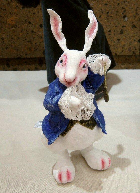 Ирина Ковалёва. Белый кролик.