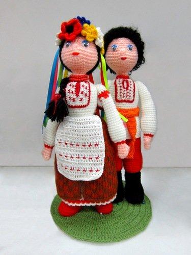 Алина Карасёва. Куклы в украинских костюмах.