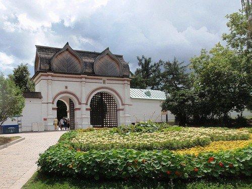Цветники в Коломенском