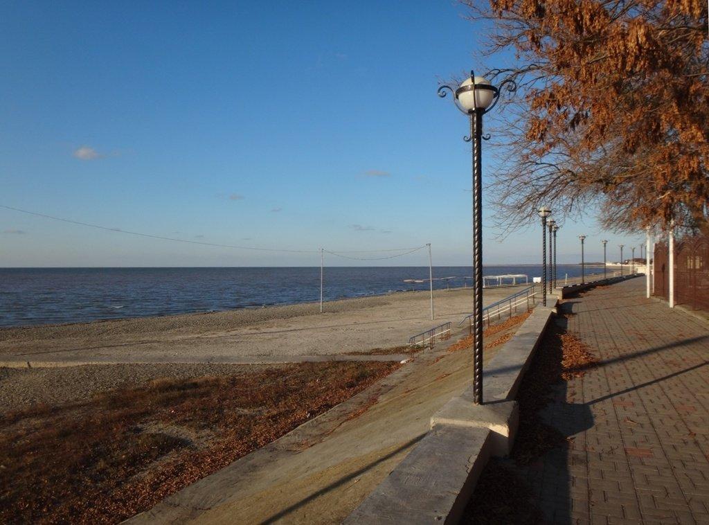 На берегу, у моря Азовского... 31.10.19. 16.29.