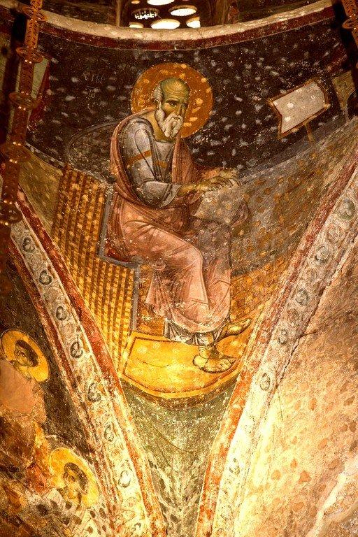 Святой Апостол и Евангелист Иоанн Богослов. Фреска церкви Святых Апостолов в монастыре Печская Патриархия, Косово, Сербия. 1260 - 1263 годы.