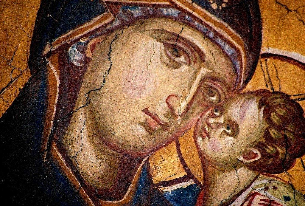 Пресвятая Богородица с Младенцем. Фреска монастыря Высокие Дечаны, Косово, Сербия. Около 1350 года.
