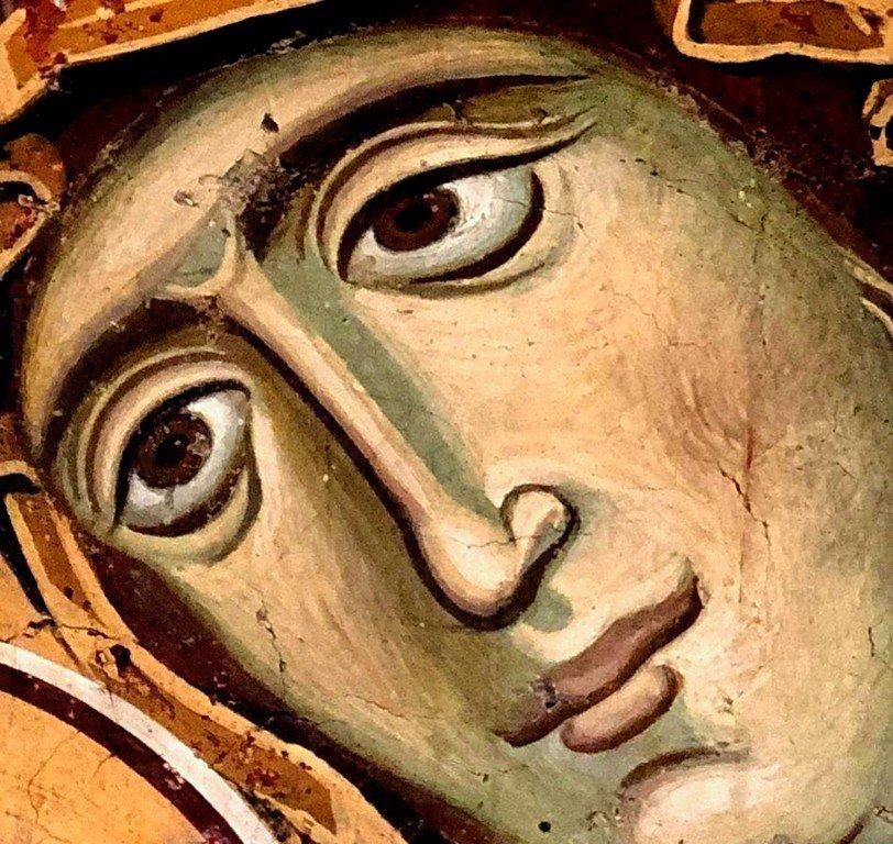 """Богоматерь Елеуса со Христом Кормителем (""""Богородица Левишка""""). Фреска церкви Богородицы Левишки в Призрене, Косово, Сербия. 1230-е годы. Фрагмент."""
