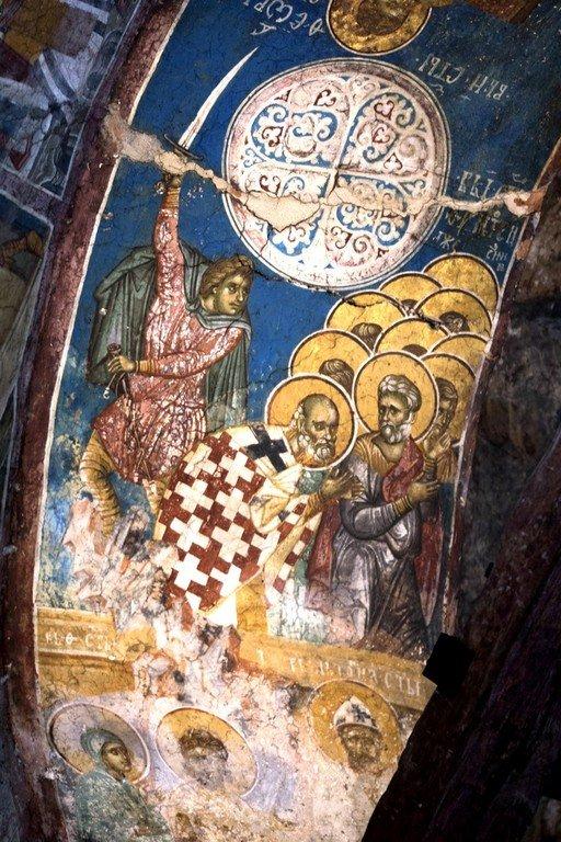 Мученичество Святого Тимофея, Епископа Прусского, и с ним пострадавших. Фреска монастыря Высокие Дечаны, Косово, Сербия. Около 1350 года.