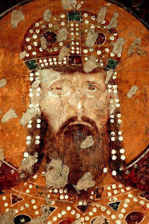 Святой Стефан Урош II Милутин, Король Сербский. Ктиторский портрет в церкви Богородицы Левишки в Призрене, Косово и Метохия, Сербия. Около 1310 - 1313 годов.