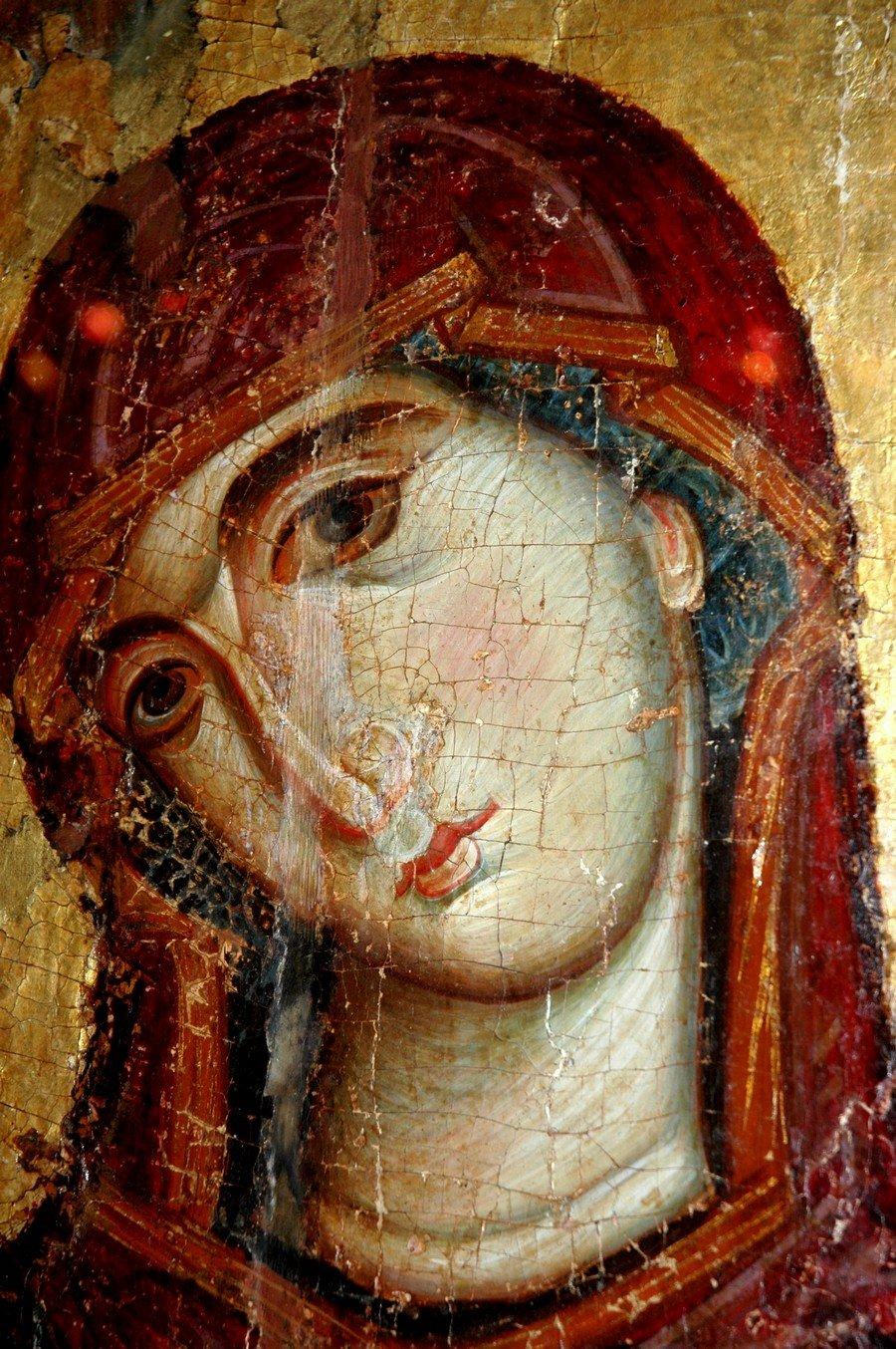 Лик Пресвятой Богородицы. Фрагмент византийской иконы XIII века. Монастырь Святой Екатерины на Синае.