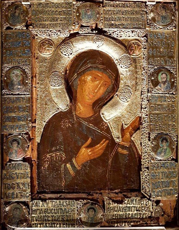 Богоматерь Агиосоритисса. Икона. Византия, X - XIV вв. Музей во Фрайзинге, Германия.