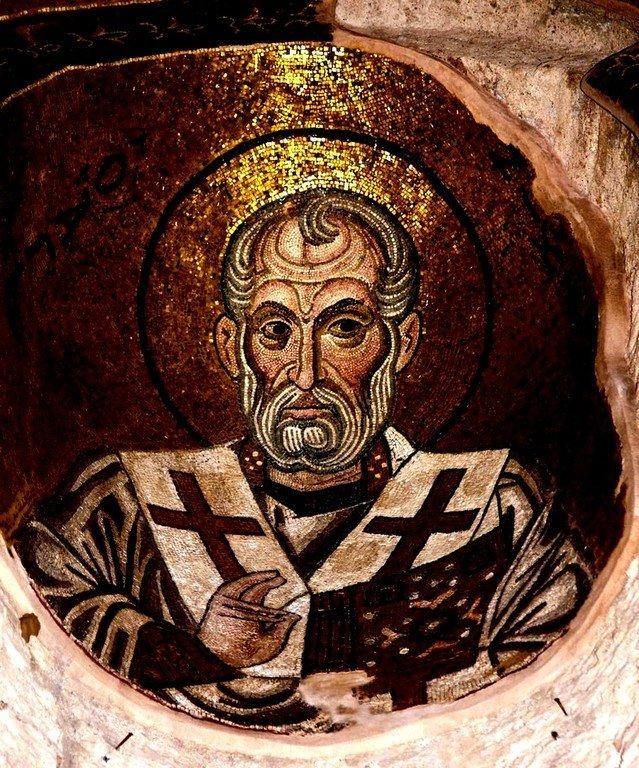 Святитель Николай, Архиепископ Мир Ликийских, Чудотворец. Мозаика монастыря Дафни близ Афин, Греция. XI век.